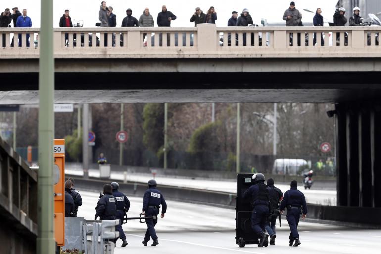 Prise d'otage : le Raid sur le périphérique vide à Saint-Mandé, près de pote de Vincennes