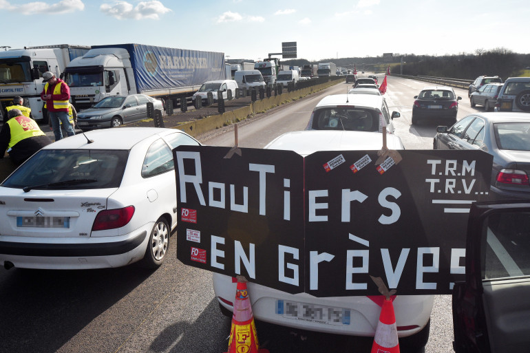 La CFDT entre dans le conflit qui oppose les routiers au patronat (illustration)