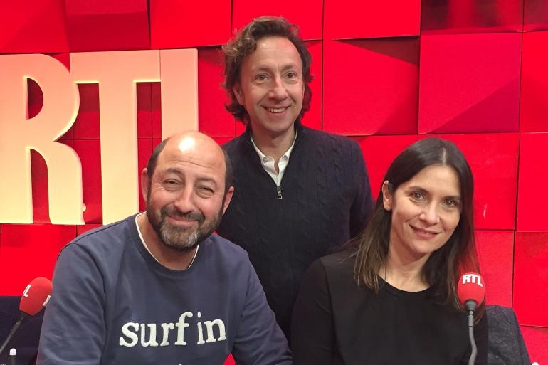 Stéphane bern entouré de Géraldine Pailhas et Kad Merad