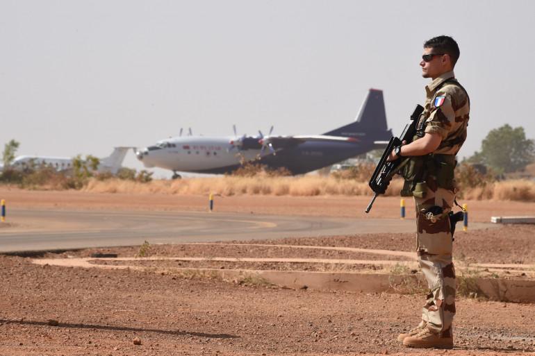 Un soldat français à Niamey, au Niger, le 2 janvier 2015 (Archives)