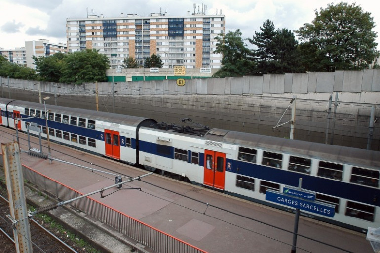 Une vue prise de la gare de Garges-Sarcelles, sur la ligne D du RER