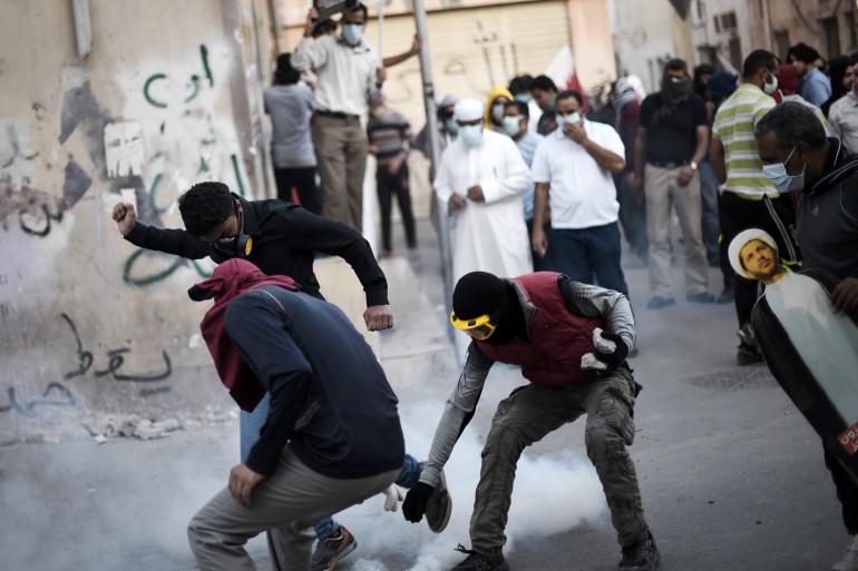 Affrontements entre des manifestants et la police à Bahreïn, lors d'une manifestation contre l'arrestation d'un chef de l'opposition chiite Sheikh Ali Salman (illustration).