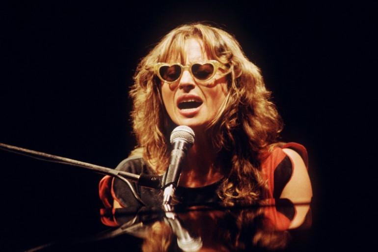 Véronique Sanson sur la scène de l'Olympia, le 24 novembre 1983