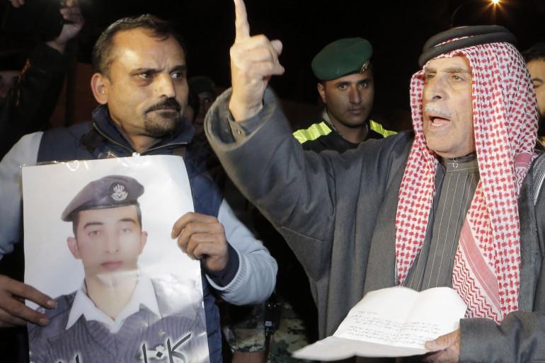 Safi al-Kassasbeh, le père du pilote jordanien Maaz al-Kassasbeh capturé le 24 décembre par l'État islamique, le 28 janvier 2015 à Amman.