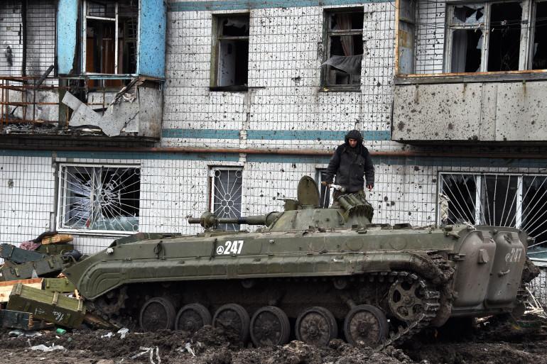 Un séparatiste prorusse à Donetsk, bastion séparatiste en Ukraine, le 7 février 2015 (Illustration)
