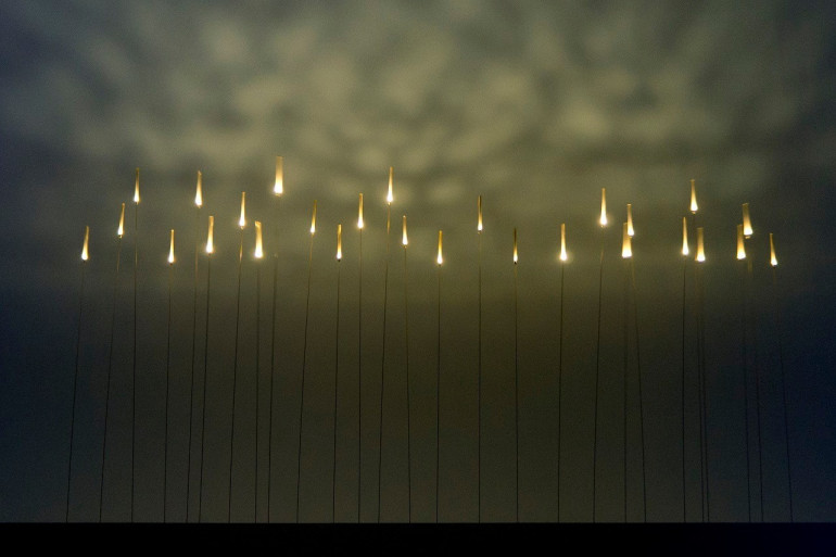 Inaho, installation sensible lumineuse de Hideki Yoshimoto et Yoshinoka Ono