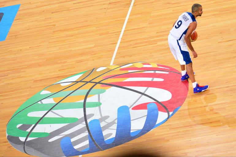 Tony Parker avec l'équipe de France de basket à l'Euro 2013