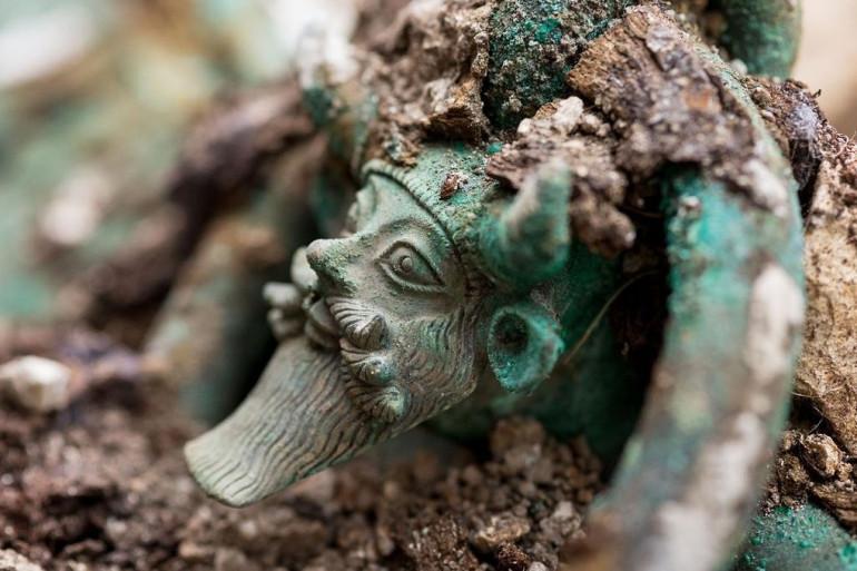 Une tombe d'un prince celte du cinquième siècle avant JC a été découvert près de Troyes.