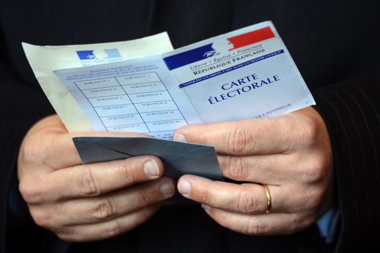 """Le """"troisième tour"""" des départementales se joue jeudi 2 avril 2015."""