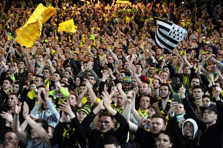Des supporters du FC Nantes lors du match face à l'Olympique de Marseille, vendredi 17 avril
