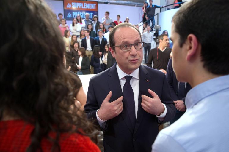 François Hollande a annoncé dimanche l'élargissement aux étudiants de la prime d'activité
