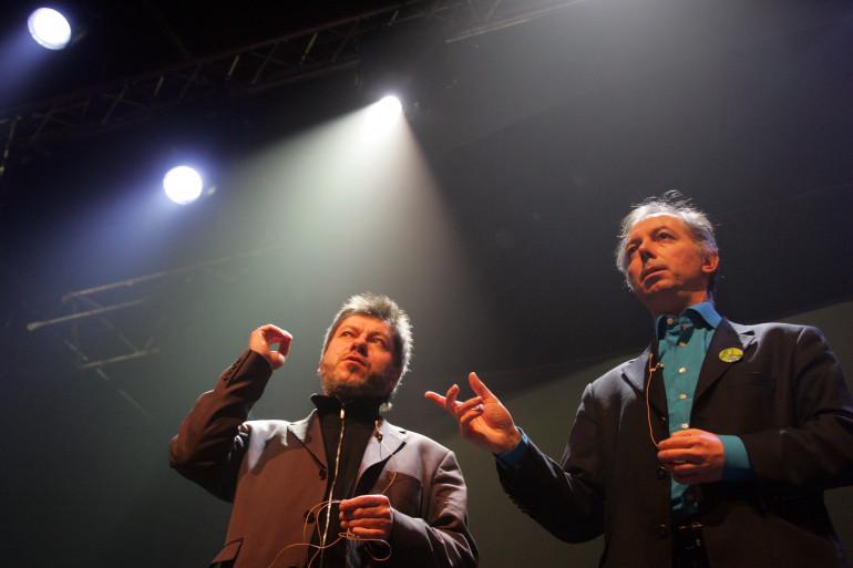 """Chevallier et Laspalès remontent sur scène dans """"Vous reprendrez bien quelques sketches"""""""