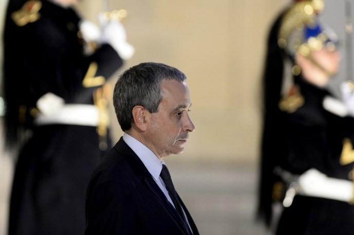 Laurent Stefanini est l'ambassadeur, homosexuel, choisi par la France pour la représenter au Vatican, qui refuse sa candidature.