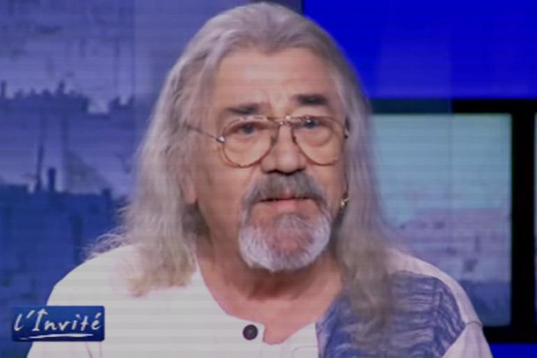 Serge Koolenn, lors d'un passage sur TV5 Monde, en 2012