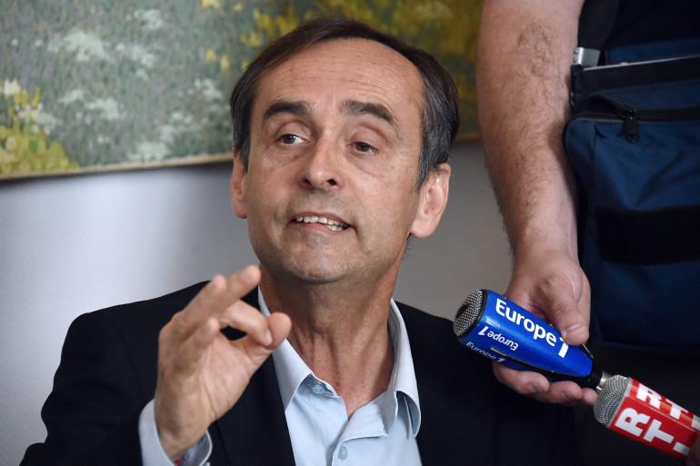 Robert Ménard en conférence de presse le 5 mai 2015