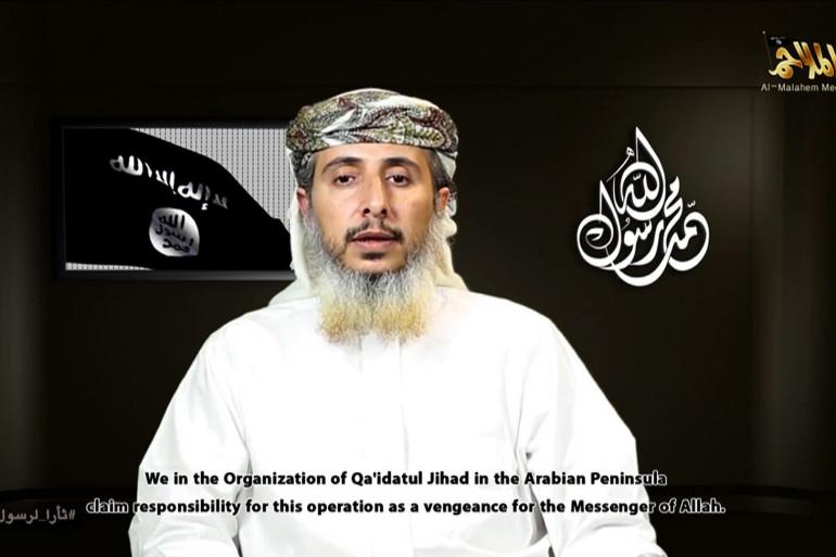 """Une capture d'écran d'une vidéo diffusée par Al-Qaïda dans la péninsule arabique montrant Nasser Al-Ansi revendiquant l'attaque de """"Charlie Hebdo"""", le 14 janvier 2015."""