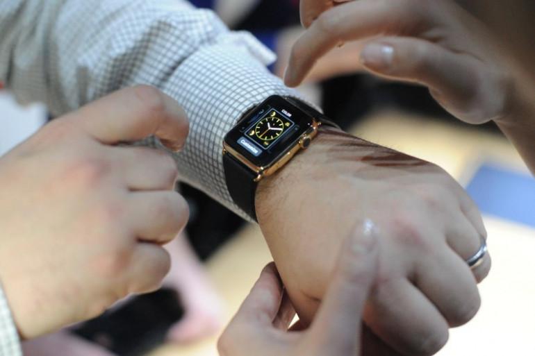 L'Apple Watch est commercialisée dans une dizaine de pays vendredi 24 avril 2015