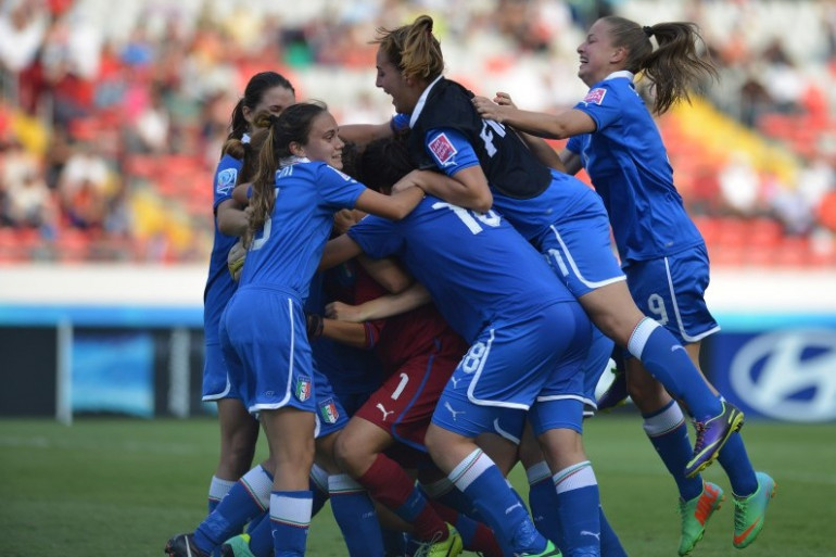 L'équipe italienne féminine des moins de 17 ans, le 4 avril 2014