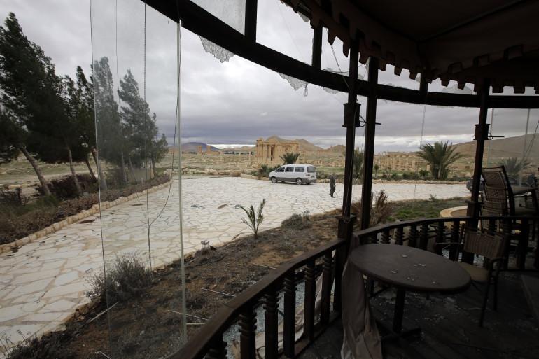 Un hôtel à l'abandon à proximité de la cité antique de Palmyre, le 14 mars 2014