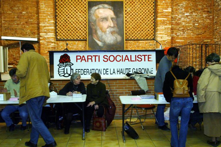 Vote sur le traité constitutionnel européen dans la fédération de la Haute-Garonne (illustration)