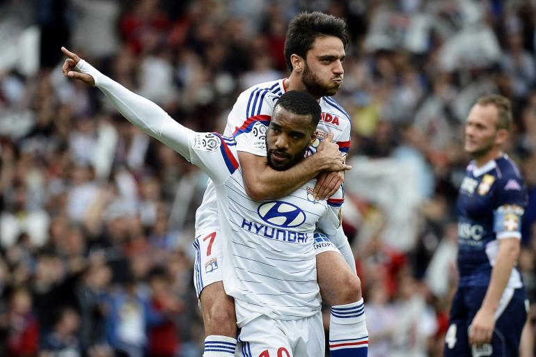 Clément Grenier sera encore à Lyon la saison prochaine. Alexandre Lacazette aussi ?