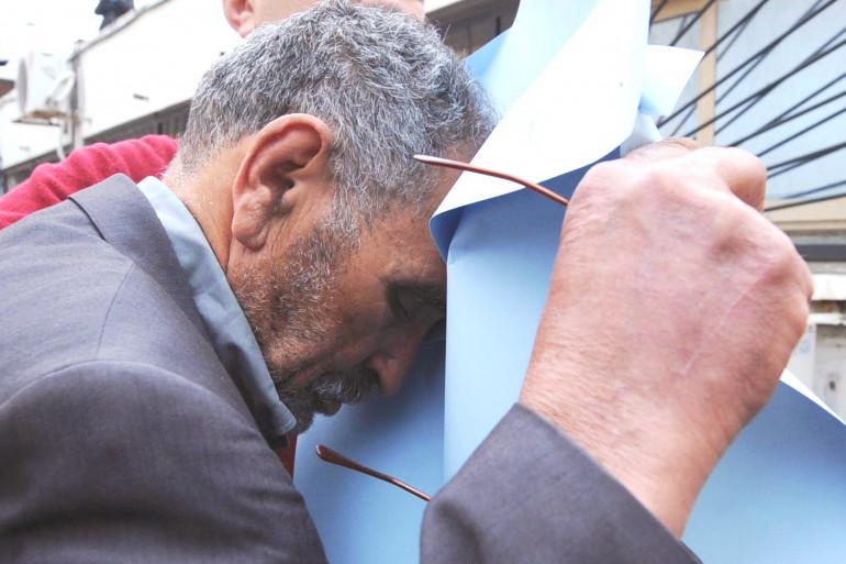 Mohamed Benalel Merah, le père du tueur au scooter, a été embarqué dans un avion à destination d'Oran