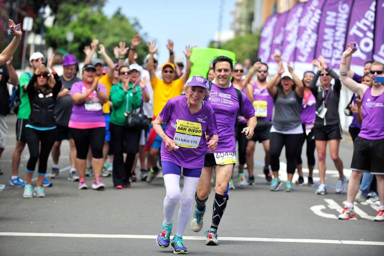 Harriette Thompson est devenue dimanche à San Diego à l'âge de 92 ans et 65 jours la femme la plus âgée au monde à disputer un marathon