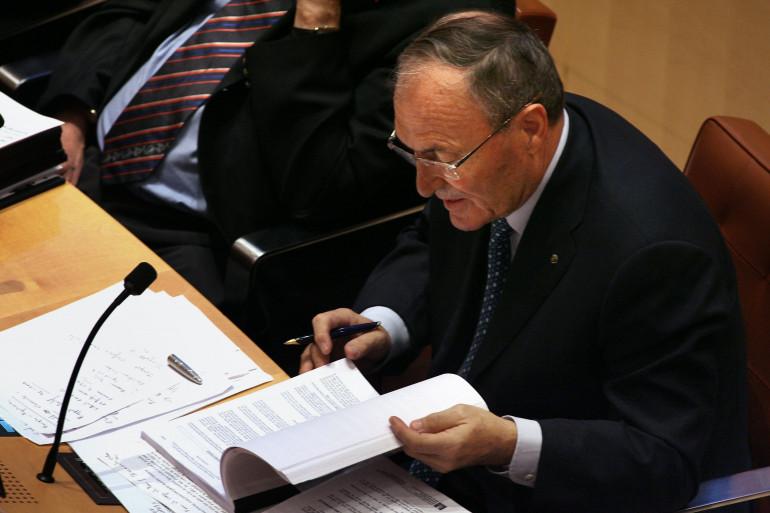 Jacques Blanc, l'ex-président UMP de la région Languedoc-Roussillon, Jacques Blanc s'exprime le 19 octobre 2006 devant le Conseil régional à Montpellier