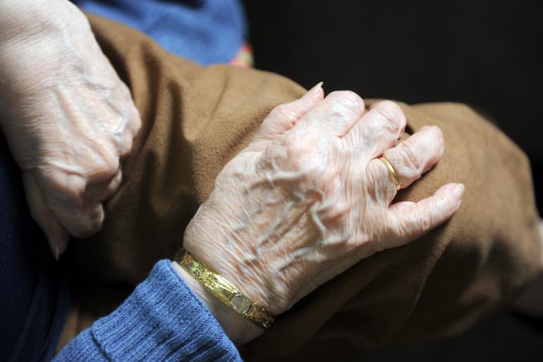 Une pensionnaire d'une maison de retraite (illustration)