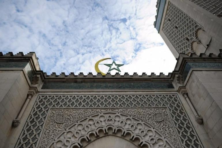 Le croissant musulman au-dessus de la Grande Mosquée de Paris, le 11 mars 2010 (image d'illustration)