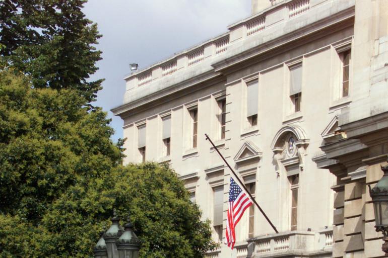 L'ambassade américaine à Paris, place de la Concorde, en 2001