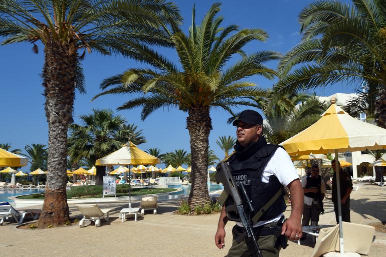 Un assaillant a ouvert le feu sur une plage devant un hôtel à Sousse, le 26 juin