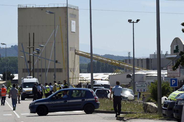 Un attentat a été commis vendredi dans un site de gaz industriels en Isère, près de Lyon.