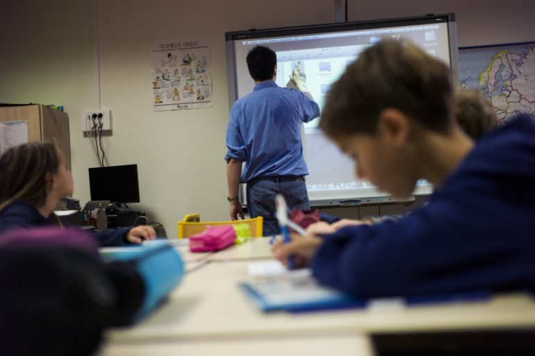 Un professeur dans une école élémentaire, le 9 septembre 2014 à Paris