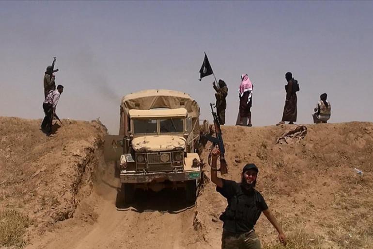 Des combattants de l'État islamique (photo diffusée sur le compte Twitter jihadiste Al-Baraka news le 11 juin 2014) (archive).