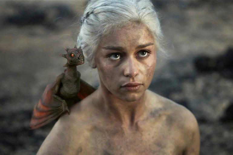 """L'interprète de la mère des Dragons a annoncé une saison 6 """"épique et choquante"""""""