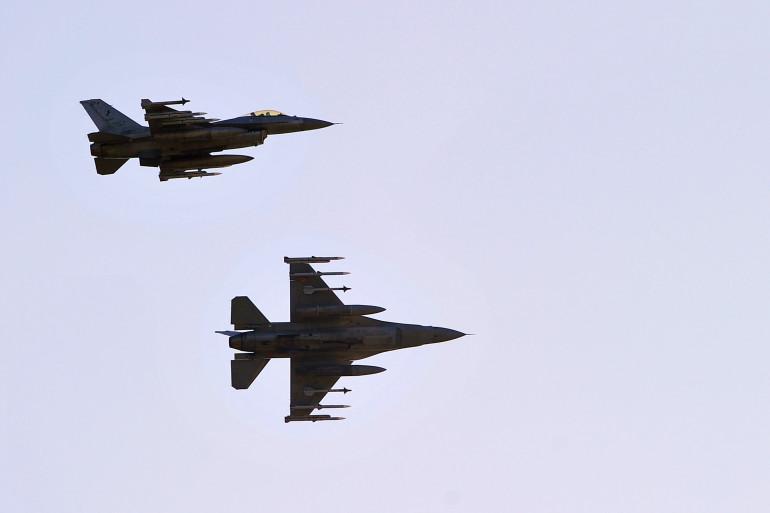 Trois chasseurs F16 de l'armée de l'air turque ont bombardé ce vendredi 24 juillet à l'aube en territoire syrien trois objectifs tenus par Daesh (Illustration).