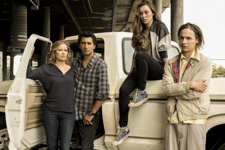 """Cette famille recomposée devra échapper aux zombies dans """"Fear The Walking Dead"""""""