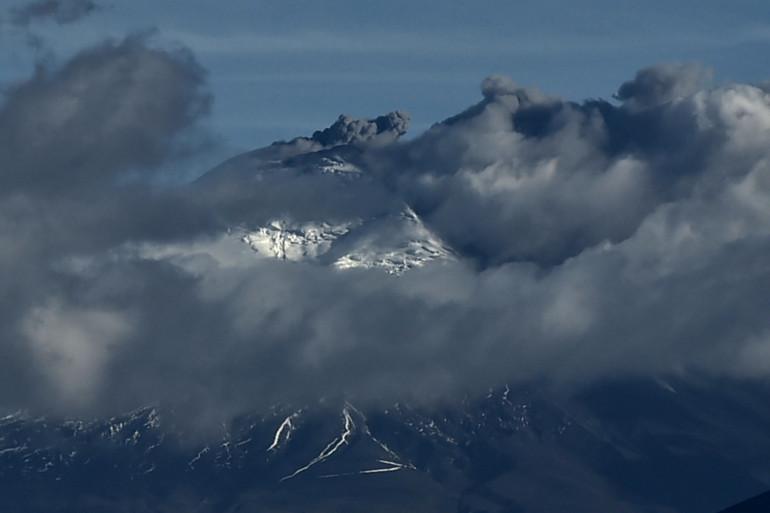 Le volcan Cotopaxi, à 45km au sud de Quito, le 17 août 2015.