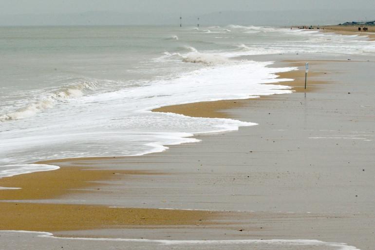 Une plage de Normandie (illustration)