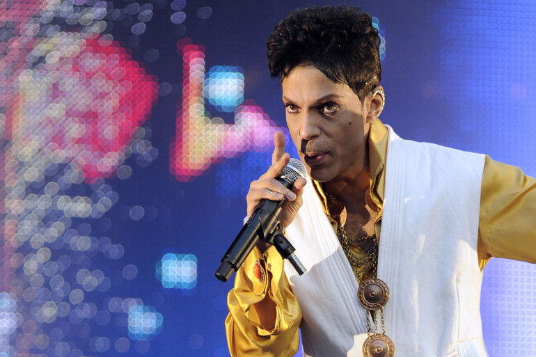 Prince lors d'un concert en juin 2011 au Stade de France