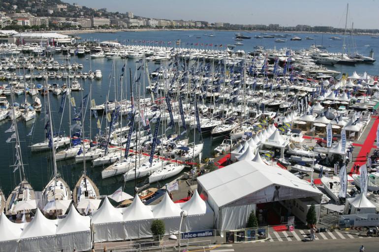Le port de plaisance de Cannes (illustration)