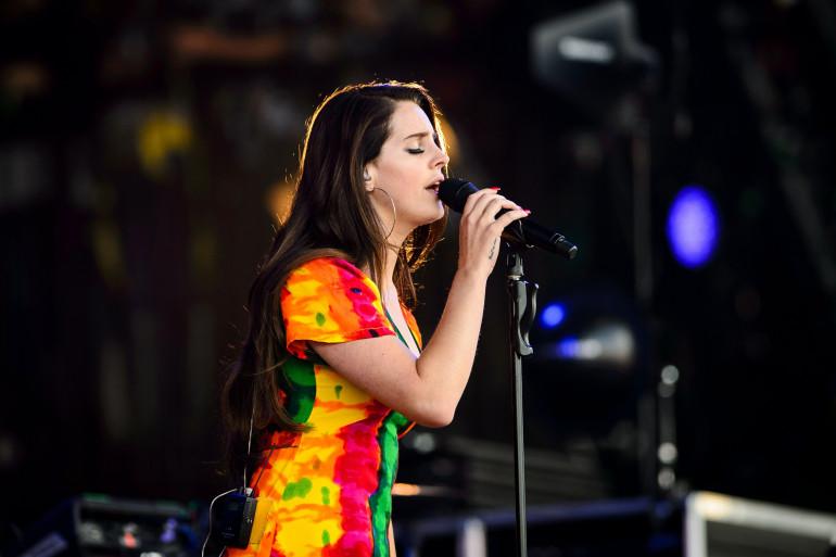 """Lana Del Rey vient de sortir """"Honeymoon"""", son nouvel album"""