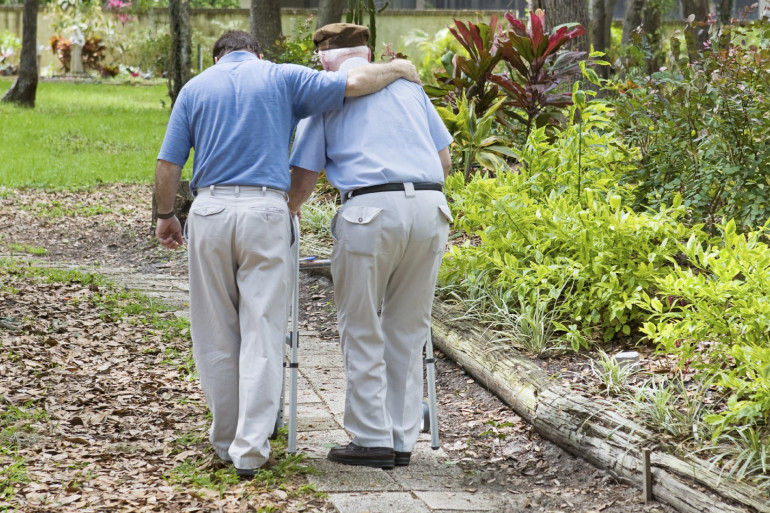 Combattre Alzheimer avec le soutien de son entourage