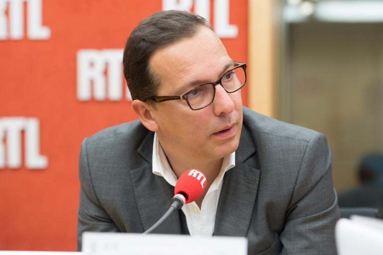 Guy Alvès, invité de RTL, le 30 septembre 2015