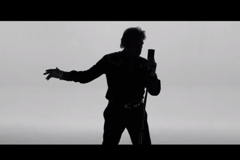 """Image tirée du clip """"De l'amour"""""""