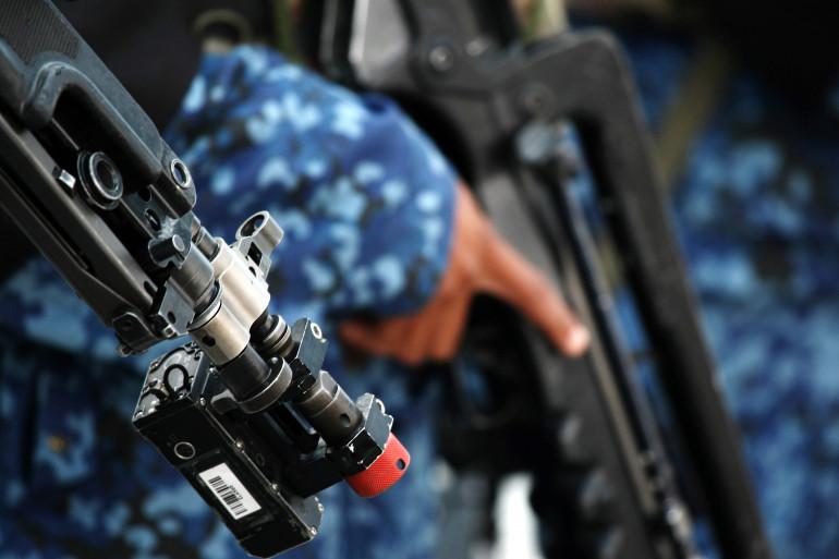 Des fusils d'assaut Famas (illustration)