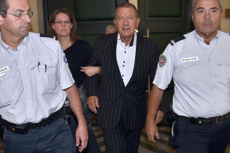 L'ancien infirmier de Liliane Bettencourt quitte le tribunal de Bordeaux le 6 octobre dernier.