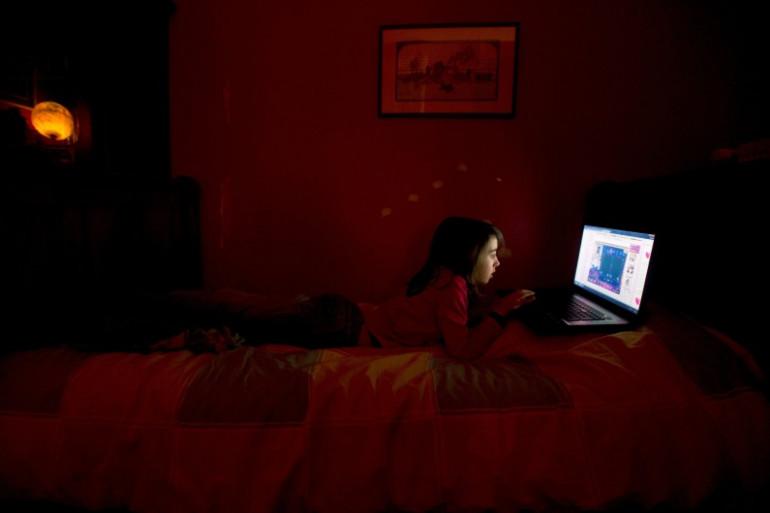Menaces, insultes, harcèlement... Victimes de violences sur internet, des femmes témoignent