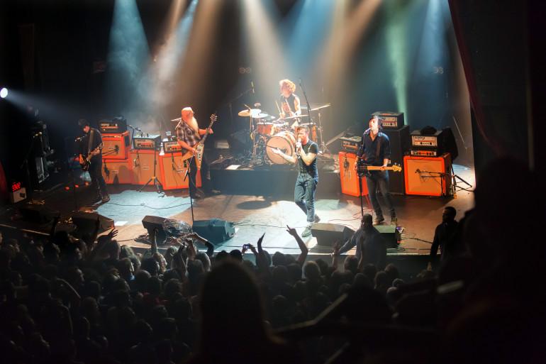 Le groupe américain Eagles of Death Metal en concert au Bataclan le 13 novembre 2015